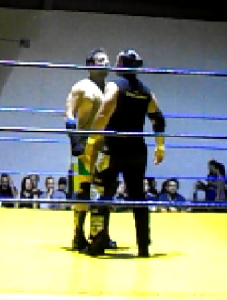 Nella foto, in alto: Horus e The Entertrainer si fronteggiano