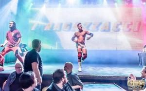 Nella foto, in alto: Mambo Italiano in una sua entry. Svezia, GBG Wrestling