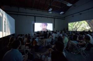 Nella foto, in alto: Che emozione, vedere la sala piena alla Fabbrica del vapore, dove il film è stato presentato sotto forma di video installazione