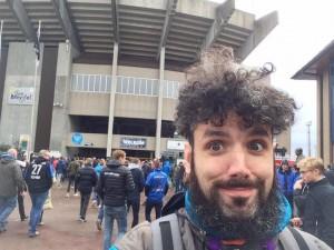 Nella foto, in alto: Fabio è perennemente in giro a vedere eventi sportivi