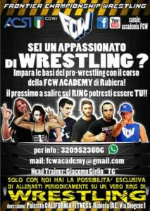 Nella foto, in alto: la locandina della nuova scuola di wrestling a Rubiera