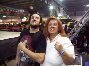 Psycho Mike e la nostra Erika Corvo