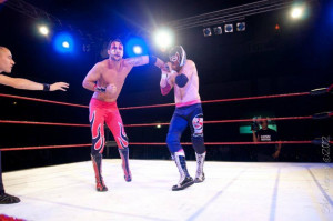 Red Devil affronta El Generico, alias Sami Zayn