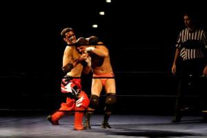 Red Devil nel 2005 in un match contro Jamie Noble