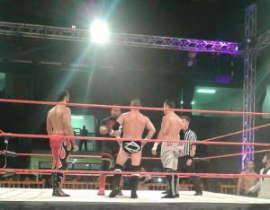 Nella foto, in alto: Fabio sul ring EPW contro MVP, Austin Aries, ed Eddie Edwards