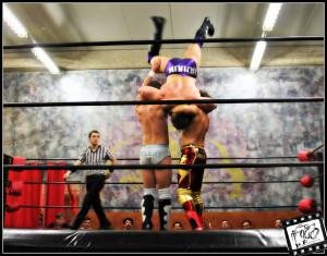Nella foto, in alto: doppia potenza in questo match!