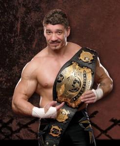 Nella foto, in alto: n idolo che abbiamo in comune, l'indimenticabile Eddie Guerrero