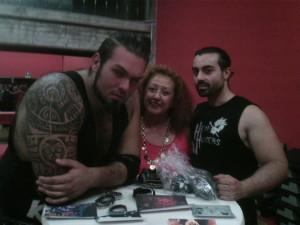 Nella foto, in alto: Il monumentale Kronos con The Entertrainer e la nostra Erika Corvo