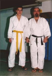 Nella foto, in ato: Alessandro Judoka col maestro Fernando