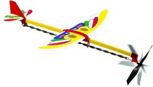Nella foto, in alto: aeroplanino con propulsione ad elastico ritorto