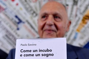 Italys European Affairs Minister Paolo Savona presents his new book with the title 'Come un incubo e come un sogno' (Like a Nightmare and Like a Dream) during a press conference for the foreign press in Rome on June 12, 2018. (Photo by TIZIANA FABI / AFP) (Photo credit should read TIZIANA FABI/AFP/Getty Images)