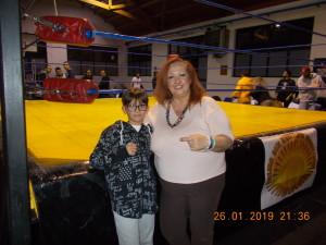 Nella foto, in alto: ERika col suo piccolo fan, Diego