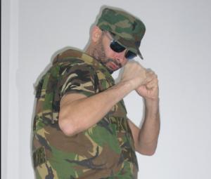 Nella foto, in alto: Leon, il Sergente di Ferro