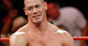Nella foto, in alto: John Cena