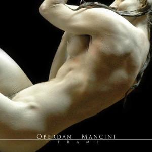 Nella fot, in alto: uno scatto artistico di Oberdan Mancini