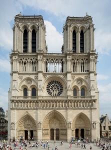 Notre_Dame_de_Paris_2013-07-24