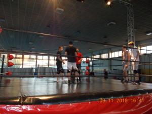 Nella foto, in alto: lo stage, stavolta è con Scotty Davis